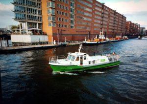 Ausbildungsboot ZQLL der Sportbootschule Nautilus